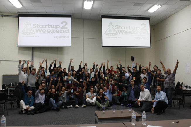 Startup Weekend Tijuana 2 group photo
